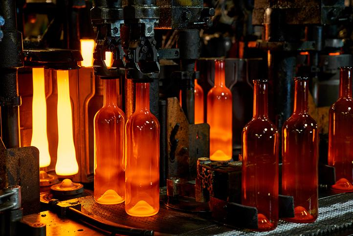[Translate to Croatian:] Glass production
